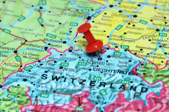 В Швейцарии начали крупное расследование в сфере криптовалютого мошенничества