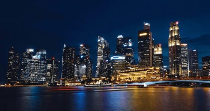 Счета криптобирж блокируются банками Сингапура