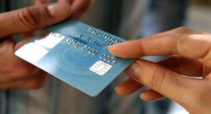 В России готовят запрет анонимных кошельков и неименных банковских карт