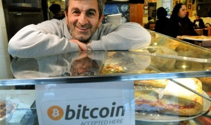 Сбербанк: малому бизнесу сегодня ничто не мешает использовать биткойн