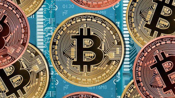 Хакеры получили доступ к данным клиентов Equifax и требуют выкуп в Биткойнах на сумму $2,6 млн