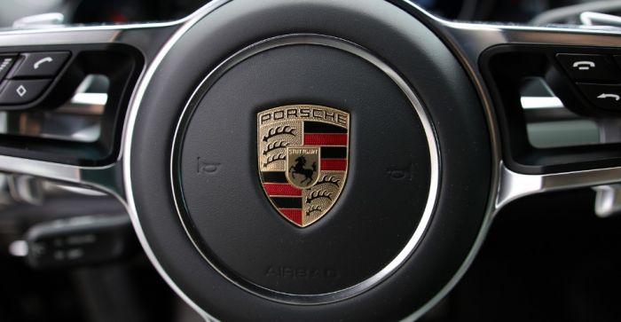 Porsche увеличивает инвестиции в новые технологии с акцентом на ИИ и блокчейн
