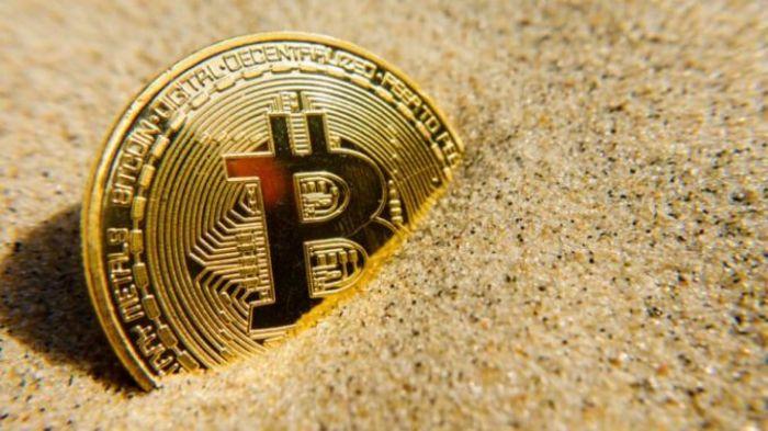 Рождественская коррекция: цена на биткоин, Ethereum, Ripple снизилась