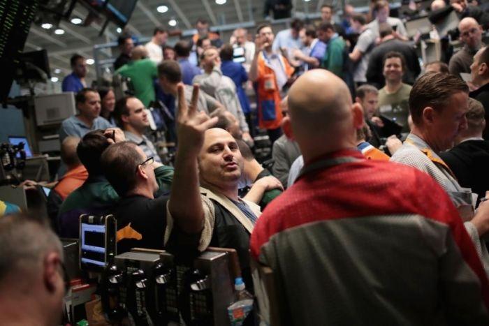 Фьючерс на биткоин взлетел выше $18 700 в первый день торгов