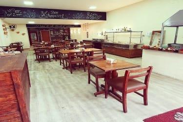 Restaurante Self Service no centro da cidade