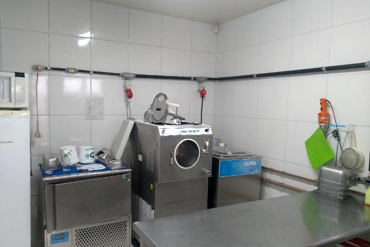 Empresa vende ativos em Campo Grande/MS | Gelateria Italiana (sorveteria completa) | Foto 1
