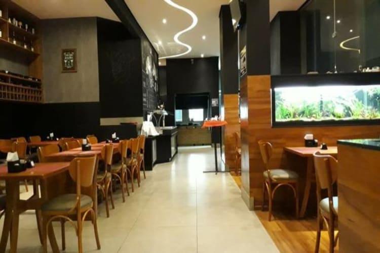 Repasse de ponto comercial em Belo Horizonte/MG | Lindo Restaurante no Bairro Sagrada Família | Foto 1