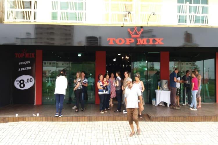 Empresa à venda em Navegantes/SC | Loja de roupas e calçados | Foto 1