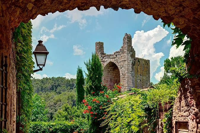 Day Trips from Barcelona -Peratallada
