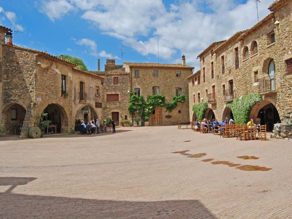 Day trips from Barcelona - Monells