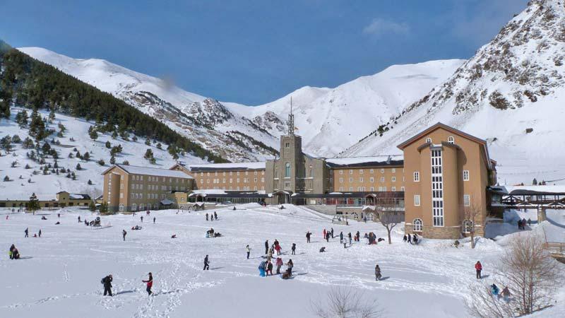 vall-de-nuria-ski-resort