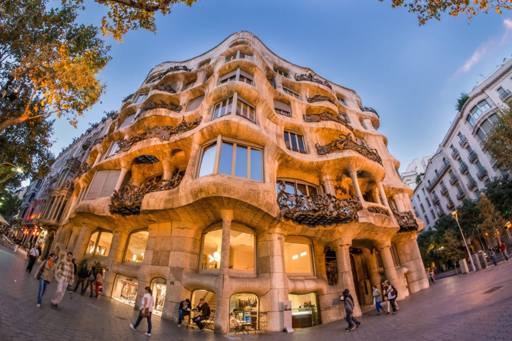 Places to visit in Barcelona - La Pedrera