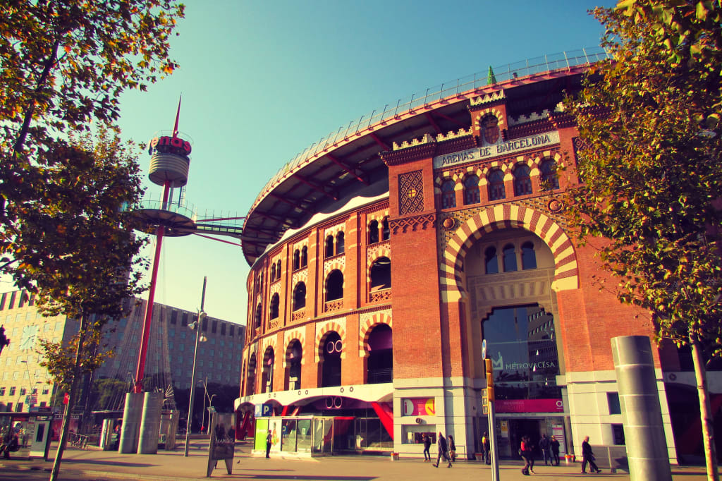 Las-Arenas-Shopping-Mall-in-Bullring-Sants-Barcelona