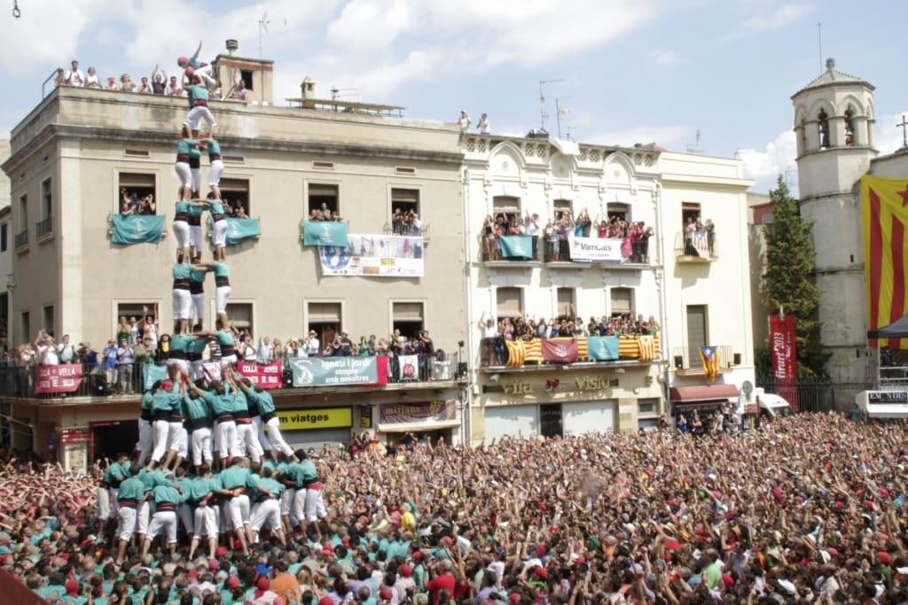 castells_3_la_placa_mes_castellera