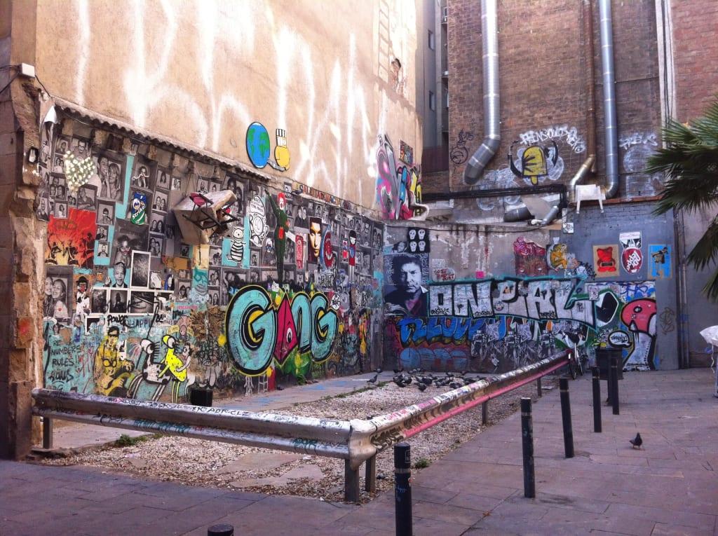 Stret art in Barcelona  - el born
