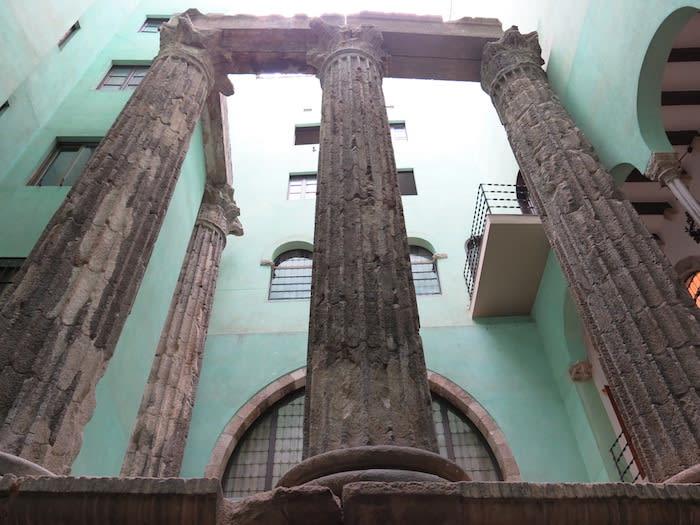 Muhba temple d'august - Roman tour in barcelona