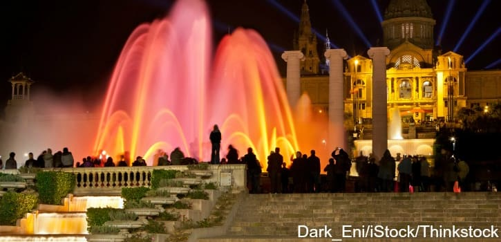 Experience the Lights and Sounds of the Magic Fountain of Montjuïc