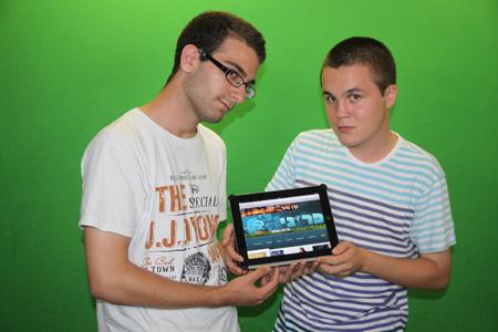 אלכס נסטר (מימין) ואלון אלבכרי, השותפים שליוני וולף בפרוגי (צילום: אייסTV)