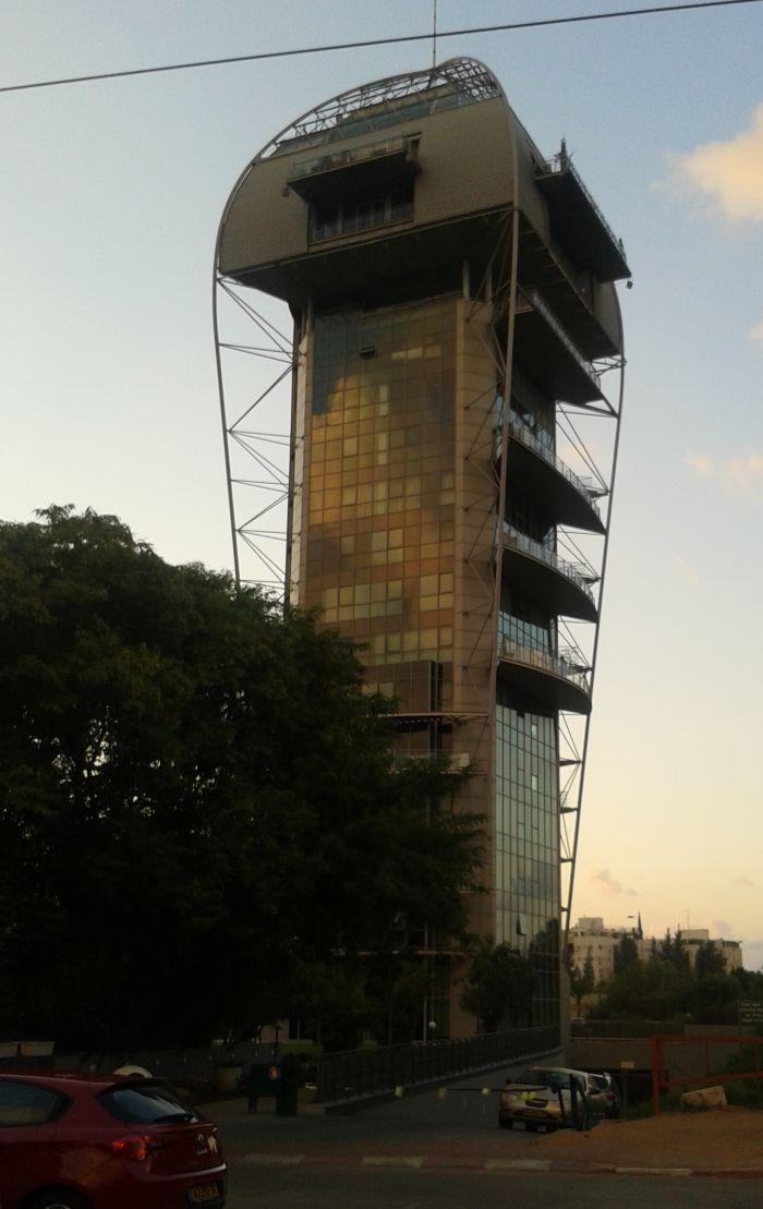 """""""מגדל פיבקו"""" ברמתגן: קרדיט: לירן סהר"""