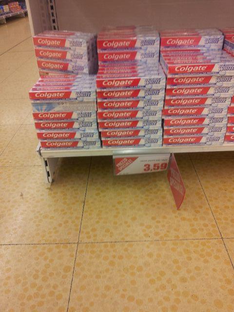"""משחת שיניים של """"קולגייט"""" במחיר של 1.2 אירו ליחידה"""