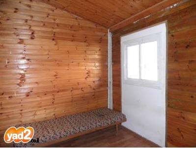 יחידת דיור מעץ ברמות השבים ב-800 שקל; קרדיט: