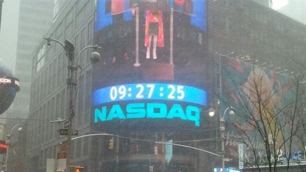 """נאסד""""ק בורסת ניו יורק בשלג, צילום: Bizportal"""