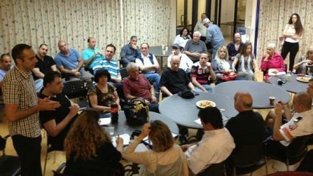 המאבק על 'פרס ביאנו' עולה מדרגה: עשרות עיתונאים הגיעו הבוקר לכנס חירום