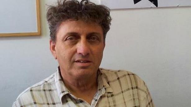 נאות וחטובות? את התמונות תשלחו אליו: אבי גנאור יערוך את 'פלייבוי ישראל'