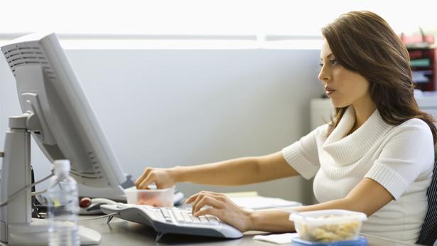 אישה עובדת, צילום: Getty images Israel