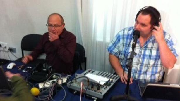 האלטרנטיבה של העיתונאים ברשת ב': החלו בשידורי רדיו עצמאיים באינטרנט