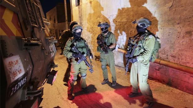 חיילים בחברון, במהלך החיפושים אחרי החטופים (Getty images Israel), צילום: Getty images Israel