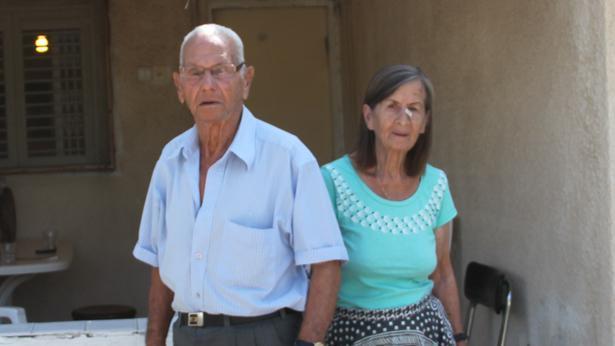 עובדיה ואסתר שומוביץ, צילום: אבי שאולי