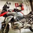 """דהר באופנוע במהירות 115 קמ""""ש בדרך עירונית וישלם קנס של 1,000 שקל בלבד"""
