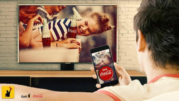 כשהסמארטפון מזהה פרסומות בטלוויזיה: קוקה קולה ישראל ו-Gett נוגעות בעתיד