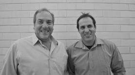"""אודי סגל והרב יחיאל אקשטיין, עם תכנית חברתית חדשה ברדיו תל אביב, צילום: יח""""צ"""