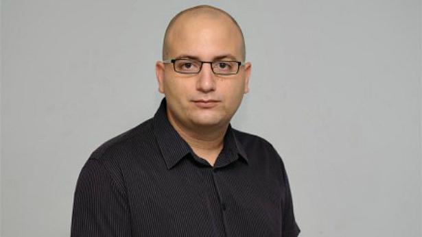 רעידת אדמה: עורך ynet  אמנון מרנדה פורש - יון פדר חוזר