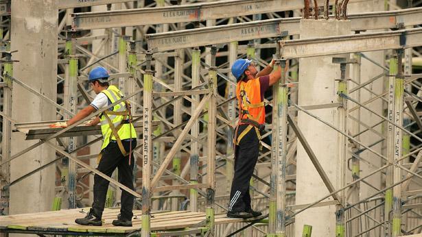 פועלי בניין, צילום: גטי אימג'ס ישראל