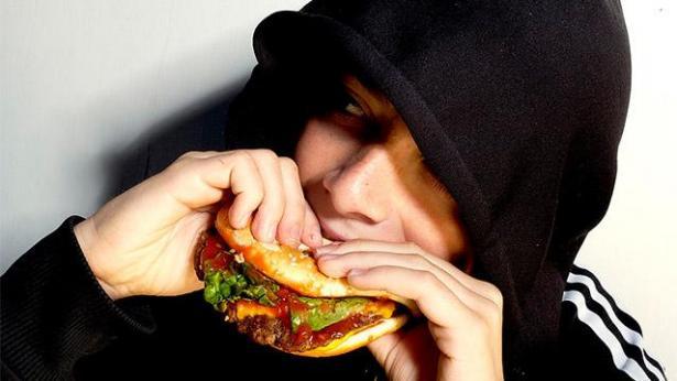 מיליוני ש' בסיכון: אוישה הוועדה להגבלת פרסום למזון מזיק