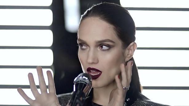 קותימאן מקסימיליאן: הקמפיין של אפריל הוא קליפ של הזמרת