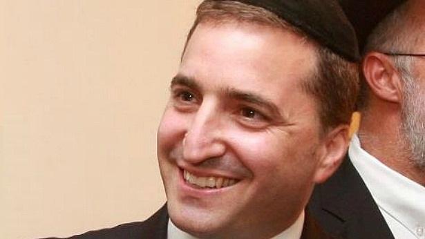 לאחר שנים ביתד נאמן:  אריק אליוביץ חוזר לבולטון פוטנציאל