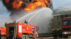 כבאים נלחמים בשריפה, צילום: ארכיון: עמוד הפייסבוק של דוברות כבאות והצלה מחוז חוף