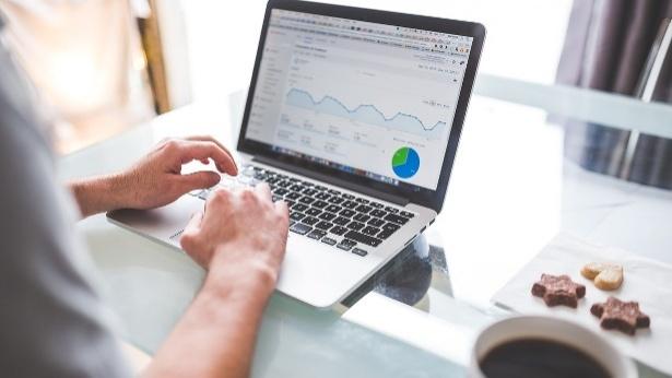 שוקלים בניית אתר אינטרנט או חנות וירטואלית? אל תסכנו את נכסי הנדלן שלכם ברשת!