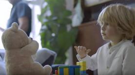 """הקטור. דובי לא לא לסיגריות, צילום: יח""""צ/ יוטיוב"""