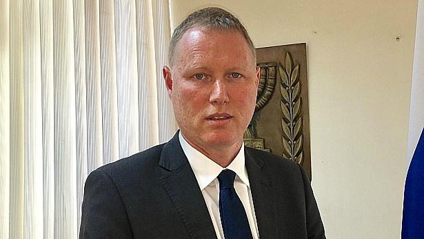 הממשלה אישרה: האיש של נתניהו מונה למנכל לפמ
