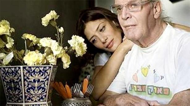 סרט דוקו בערוץ עשר על מסע של סופי צדקה בעקבות מות אביה