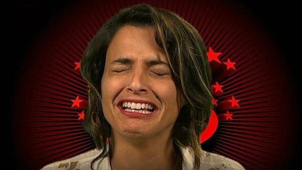 לירן חולצה אפורה נדחף אפילו למצעד הפרסומות של אייס