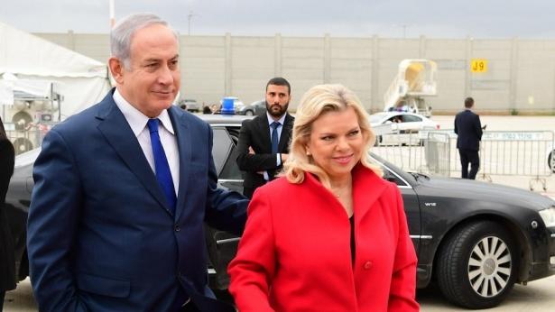 ראש הממשלה בנימין נתניהו ורעייתו שרה ממריאים לדאבוס, שוויץ., צילום: עמוס בן גרשום לע''מ