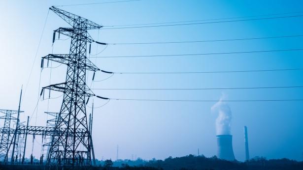 עמודי חשמל, צילום: Istock