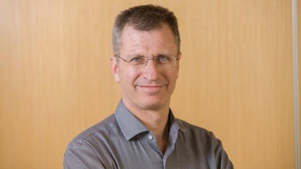 """אלון גלזר, סמנכ""""ל בלידר שוקי הון, צילום: יח""""צ"""
