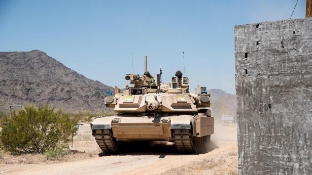 """טנק-מערכות """"מעיל-רוח""""  רפאל, צילום: יחצ"""
